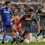 Le pagelle di Chelsea-Napoli: Drogba super, Luiz e Ramires incontenibili. Hamsik e Cavani non incidono, flop Dossena