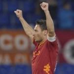 Serie A, Roma-Udinese 3-1: apre Osvaldo, pari Fernandes. Risolvono Totti e Marquinho nel finale
