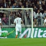 Le pagelle di Juventus-Roma: Vidal-Pirlo-Marchisio, centrocampo da sogno! Solo Curci salva l'onore romanista