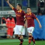 ROMA-PARMA 2-0 – Sblocca Lamela, poi Totti fa 226. Agganciata la Lazio in classifica