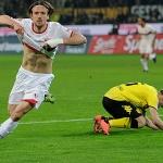 Bundesliga: Pazzesco al Westfalenstadion, 4-4 tra Dortmund e Stoccarda, domani il Bayern proverà ad accorciare le distanze dalla vetta